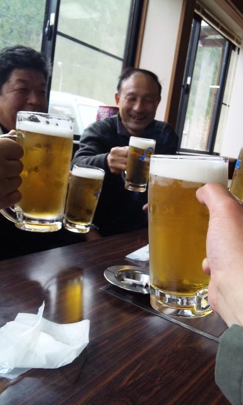 生ビールで二次会
